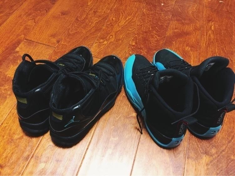 壳,而11代是aj正代鞋中,最后一双采用sole气垫的篮球鞋(12代以后的aj图片
