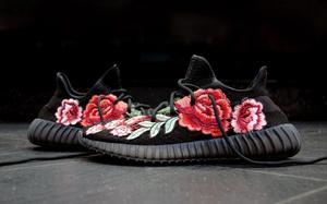 时尚绣花鞋   FRE Customs 打造 YEEZY BOOST 350 v2 定制配色「Flowerbomb」