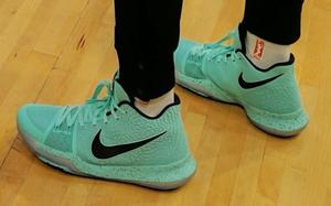 Nike Kyrie 3薄荷绿即将发售