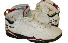 Air Jordan 7 Cardinals亲签落场球鞋拍卖中
