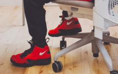 Ronnie Fieg展示红色款Nike AIr Maetro 2