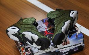 鞋盒细节满满,Air Jordan 6 Pinnacle SNL开箱