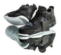 """万众瞩目!Kaws X Air Jordan 4""""Black""""发售日期确定"""