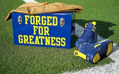 不止球鞋!PSNY X Air Jordan推出密歇根大学全系列