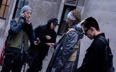 伦敦时装周上街拍特辑