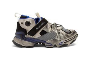 网红脏脏鞋?Vetements x Reebok全新联名上架