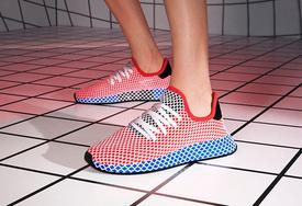 adidas Deerupt 红蓝配色上脚效果如何?