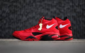 "神似 Kith 联名!近赏 Nike Air Maestro II ""Trifecta"" 实物美图!"