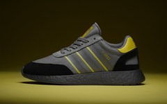 "size? 独占 adidas I-5923 全新""Manchester Showers""配色"