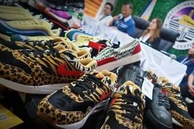 菲律宾海关查获总价 $75 万美元球鞋等假冒商品!