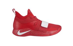 显眼红白!Nike PG 2.5 University Red 现已登陆海外!