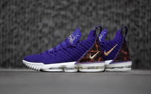 "近赏丨湖人紫金配色 Nike LeBron 16 ""King Court Purple"""