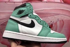 鸳鸯设计有点意思!这款全新的 Air Jordan 1 你喜欢吗?