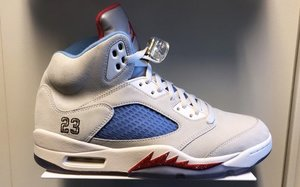 "还有一款新配色?全新 Trophy Room x Air Jordan 5""Sail"" 曝光"