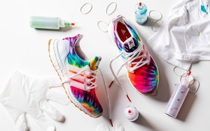 惹眼的扎染工艺打造!Nice Kicks x adidas Consortium UltraBOOST 正式发布
