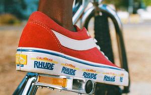 醒目 logo 点缀!RHUDE x Vans 联名系列本周发售!