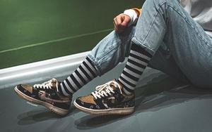 下月正式登场!Travis Scott x Nike Dunk SB 最新美照释出