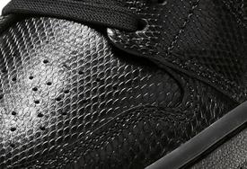 蛇紋鞋面精致狂野!這兩雙 Air Jordan 1 Mid 你怎么看?