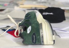 森林绿麂皮鞋面!JJJound x New Balance 992 全新联名细节曝光!
