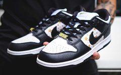 "明年高人气预定!Supreme x Nike SB Dunk Low ""Black Stars"" 实物细节曝光!"