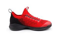 匹克曝光特伦斯第二款签名战靴 TR7 II !这设计如何?