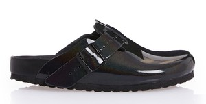 Rick Owens 全新联名酷黑拖鞋发售!