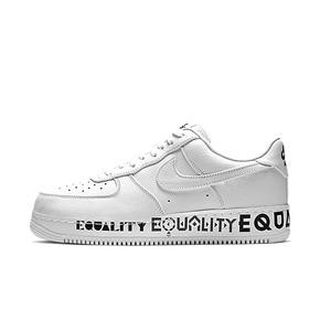 Nike Air Force 1 EQUALITY AF1英文文字水晶底男板鞋 AQ2118-100