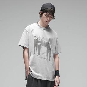 CHRROTA 20SS致敬BUZZCOCK乐队人物印花情侣短袖男国潮牌宽松T恤