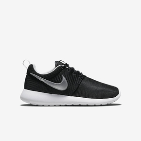 Nike Roshe Run GS 黑白 599728-007