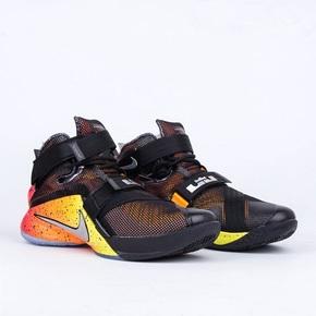 Nike Zoom Soldier 9 LMTD 打出名堂 812571-098