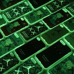 【定制】KAWS X AIR JORDAN限量夜光全包边磨砂软壳手机壳for iPhone6/7/PLUS