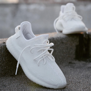 "Yeezy 350 Boost V2 ""Cream White"" CP9366"