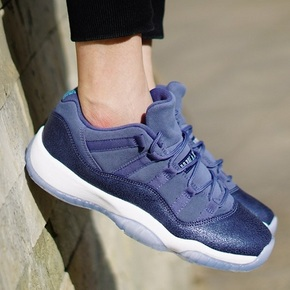 "Air Jordan 11 Low GS ""Blue Moon"" 蓝月 580521-408"