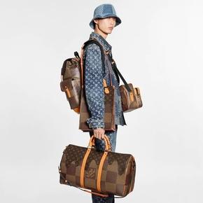 Louis Vuttion x Nigo 联名系列KEEPALL BANDOULIÈRE 50 旅行袋 N40360