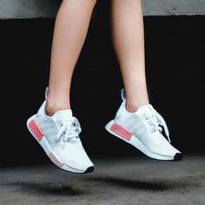 Adidas NMD R1 Boost 樱花粉 BY9952
