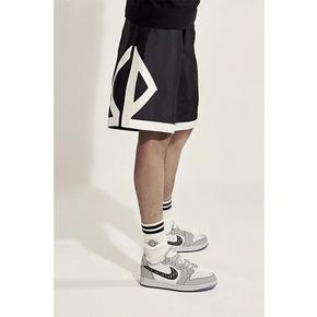 Dior x Air jordan 联名系列丝绸篮球裤