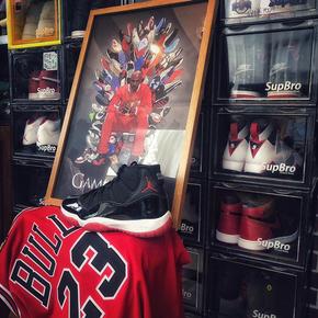 GZKHCOM 飞人乔丹AJ球鞋冰与火之歌铁王座挂画装饰画篮球nba球星相框壁画
