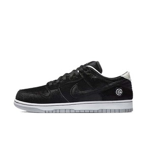 Nike SB Dunk Low BE@RBRICK 积木熊 联名 CZ5127-001(2020.8.22发售)
