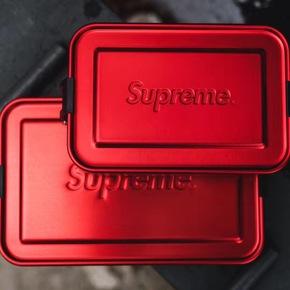 Supreme 18ss 大饭盒