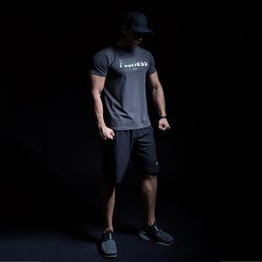 Monster Guardians FUTURISTIC VISIONS 未来感系列运动健身碳灰色短袖T恤(21)251780 A04012