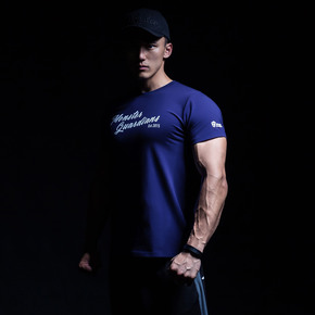 Monster GuardiansFUTURISTIC VISIONS 未来感系列运动健身藏青色短袖T恤(21)251780 A04011