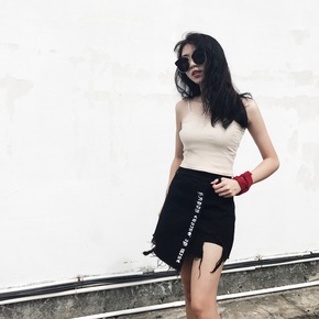 NIKIKO 17SS 桃心刺绣牛仔热裙