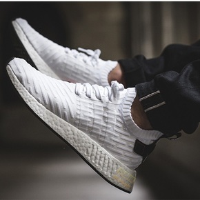 Adidas NMD R2 PK Boost 黑白 BY3015