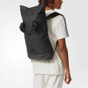 Adidas 阿迪达斯 三叶草限量菱形 3D几何拼接双肩背包 DH0100