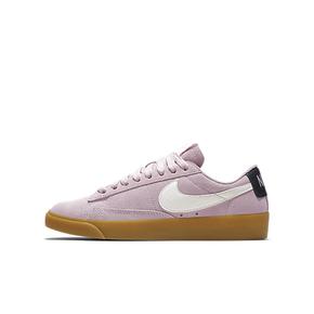 Nike Blazer Low SD 女子运动鞋 AV9373-500