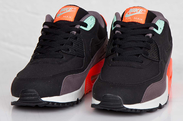 1c31698916b0 Nike Air Max 90 Essential (球鞋档案)