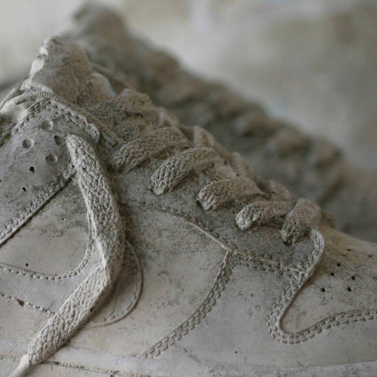 用鞋盒和混泥土做的鞋子,你敢穿吗?
