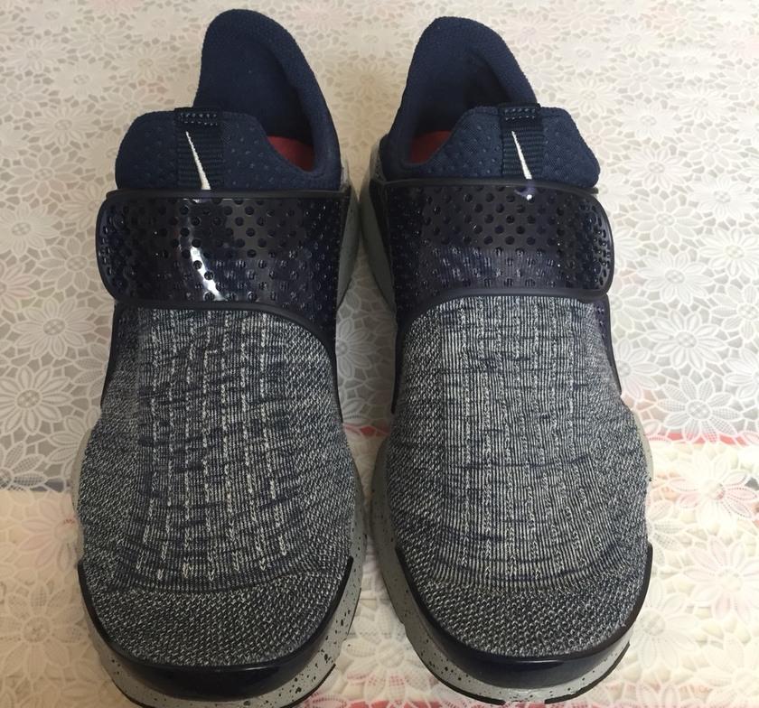 老爹鞋搭配什么袜子