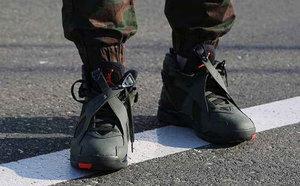 球鞋开箱60秒——AJ8 军绿