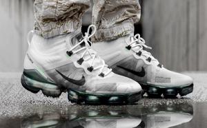 球鞋开箱60秒——Nike 大气垫跑鞋